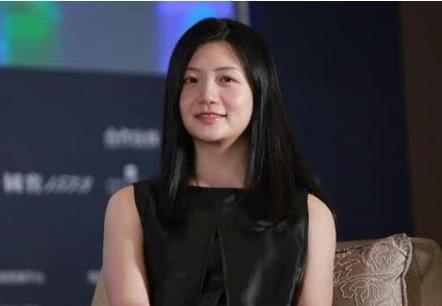 她是麻省理工的高材生,婉拒马云的再三聘请,她征服全场!