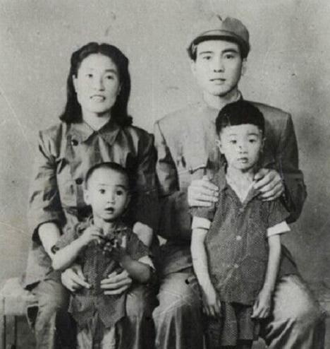 新中国第一个因贪污被枪决的高官刘青山的夫人和子女情况