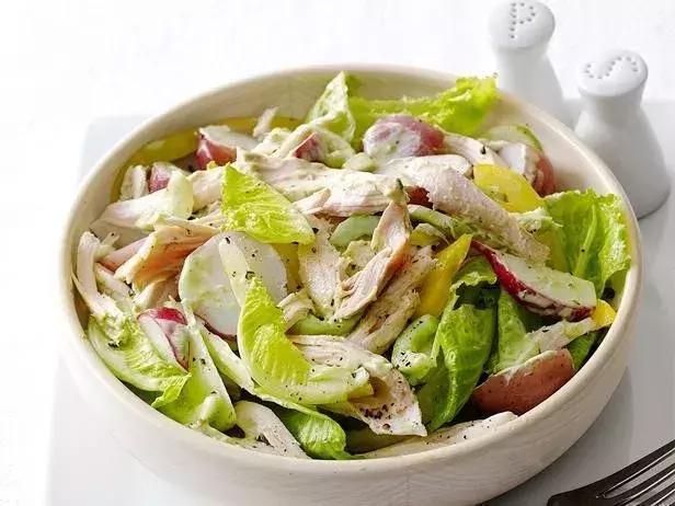 Картинки по запросу chicken in a salad