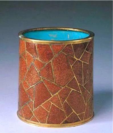 日本女性十大名器�_中国五大名器之首:古琉璃的收藏价值