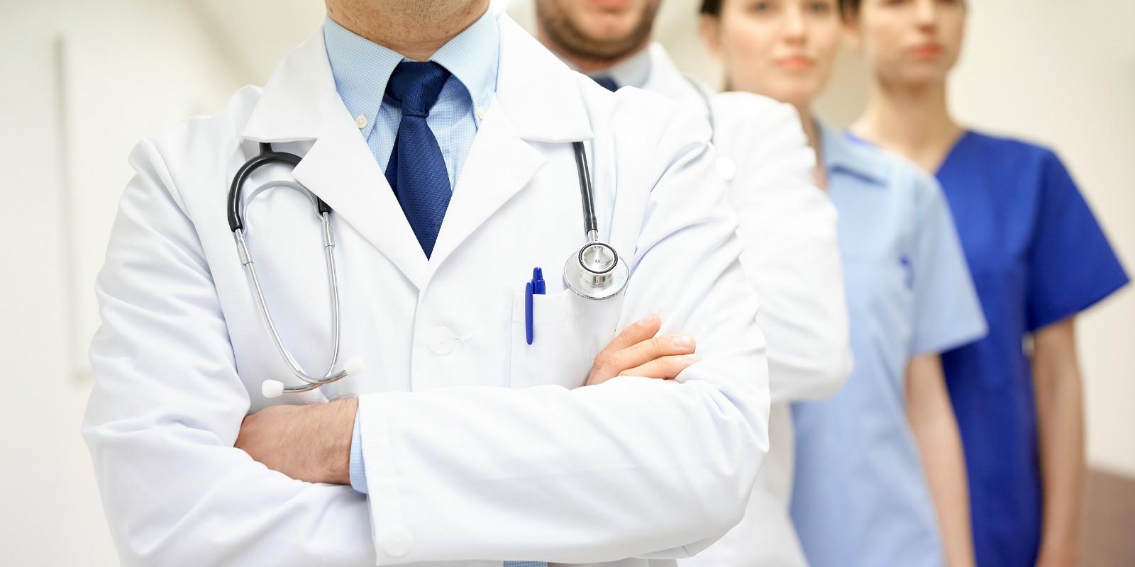 狐观医改   苹果、亚马逊接连开诊所,服务员工还是另有目的?