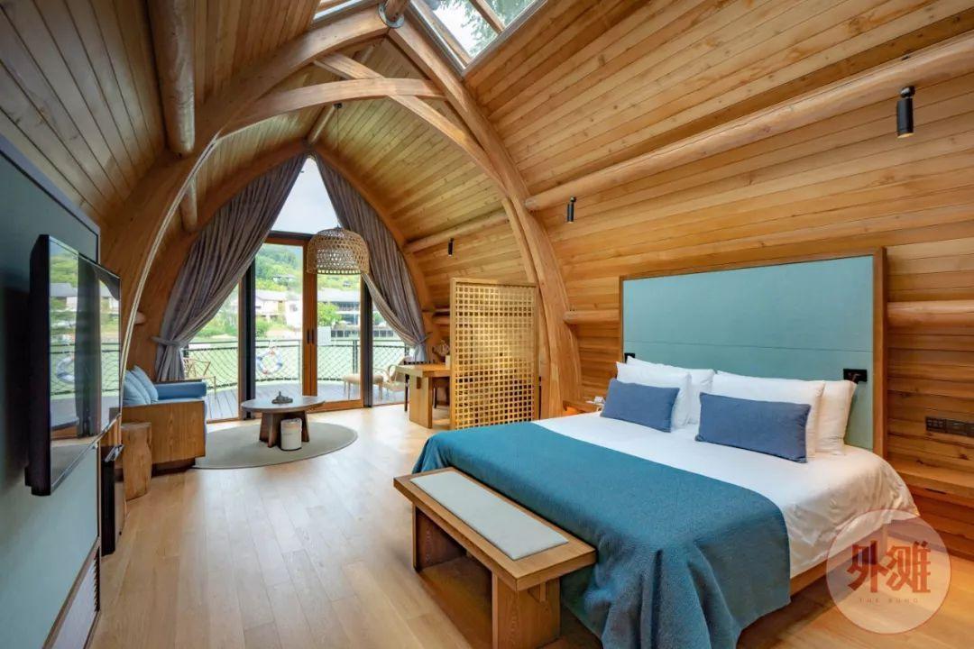 里酒店_面朝富春江,坐拥 200 亩林地,这家船屋酒店里藏着江南