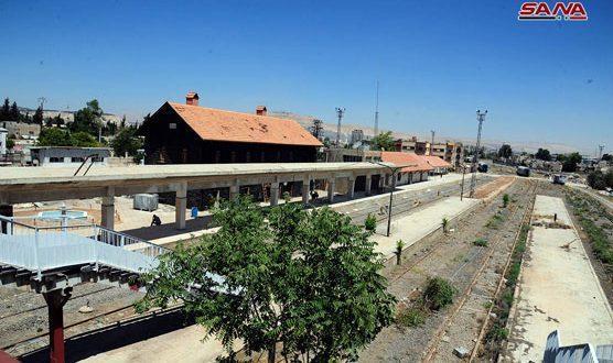 叙利亚两座大城市继续重建,铁路和地标已恢复