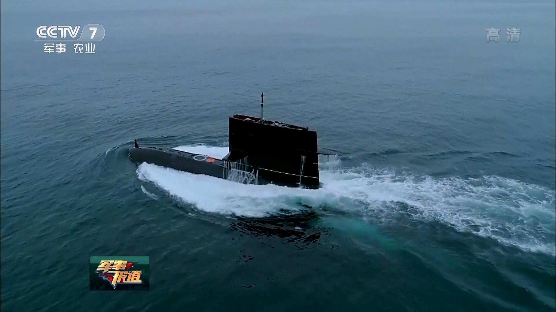 解放军核潜艇内部大量绝密细节流出:到处都是按钮开关