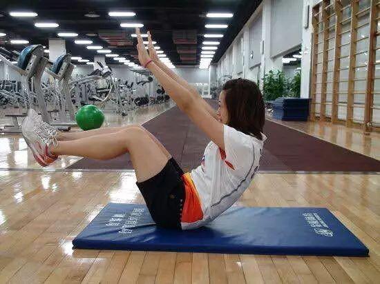 6种腰腹练习,打羽毛球的你多加锻炼哦~