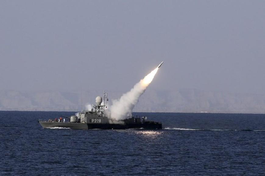 美国施压无效!伊朗弹道导弹和海军舰艇纷纷上阵:强硬到底