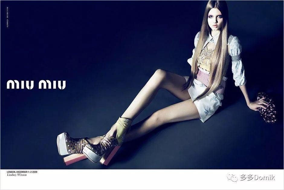 香奈儿模特退役去餐厅端盘,势利的时尚圈竟无一人关心