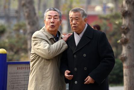76岁高龄依旧演戏,老戏骨杜雨露!儿子地位很高