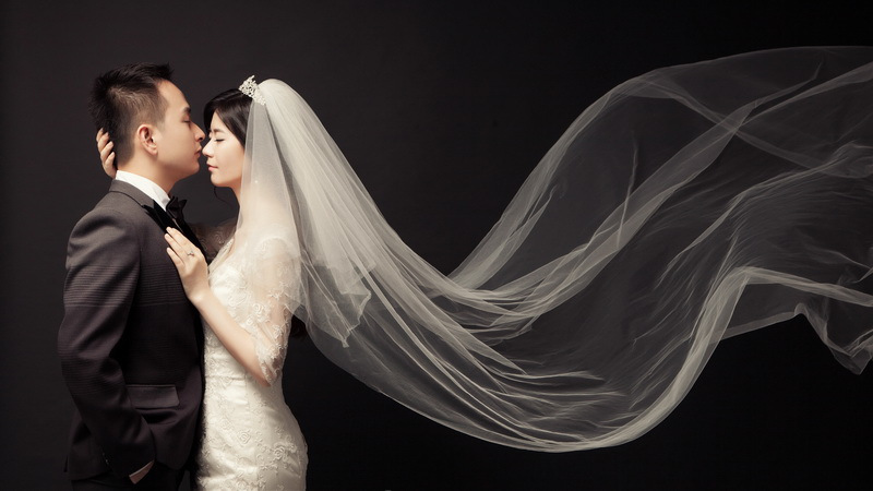 这几年新人们拍婚纱照不再追求传统婚纱,杭州婚纱摄影前十名哪家拍的好看?