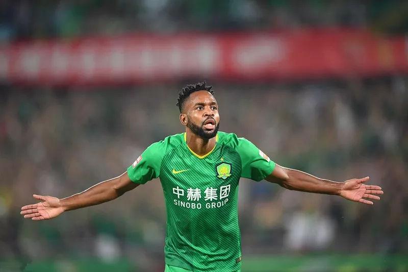 北京国安领先广州恒大9分,大连球迷:我们预祝国安今年夺冠!