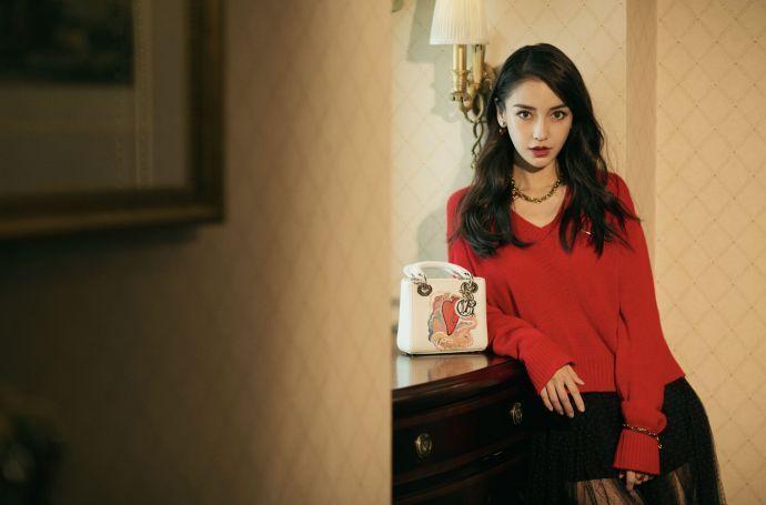 Angelababy穿吊带曲线窈窕 时尚娱乐 图6