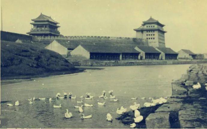 京城旧事——恩子和转轴儿