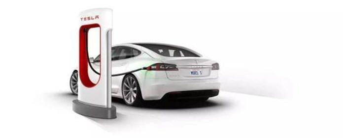 """新能源汽车如火如荼,""""近亲""""产业却一片狼藉?"""