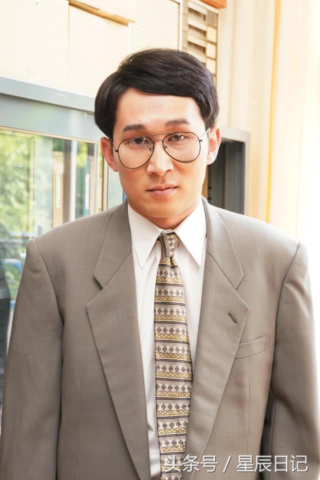 癹n����ke_室毅又搞怪了!《我是大哥大》公布椋木老师定妆照