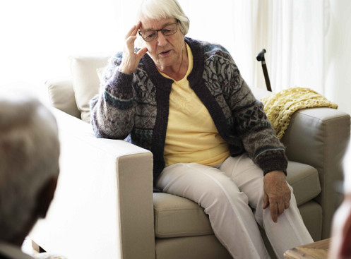 告诫:这6个表现暗示脑部栓塞,早发现早预防,或许能保命!