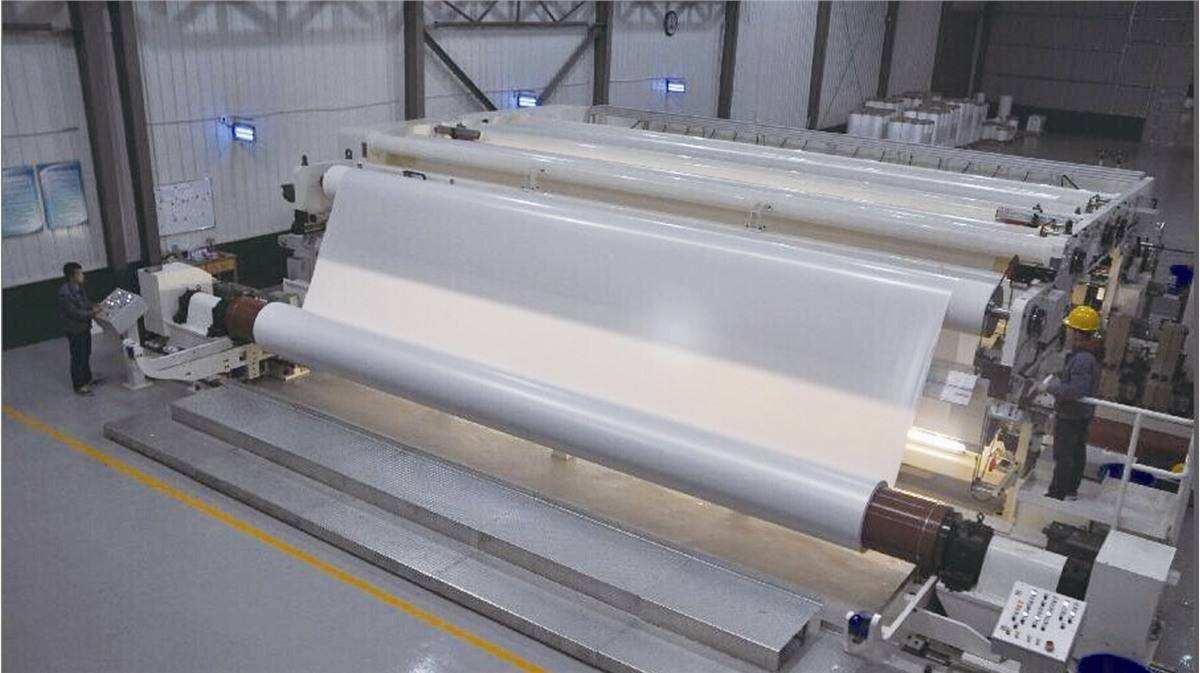 造纸生产为何要使用造纸助剂消泡剂?原因有这些
