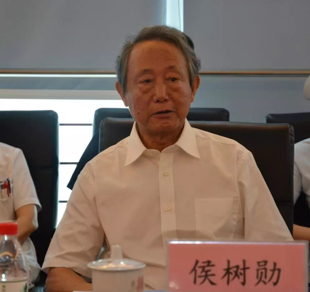 【新闻报】中国康复医学会领导对天津医大总医院重症康复工作进行视察和调研