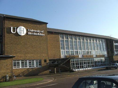 英国留学:赫特福德大学CAS截止日期通知