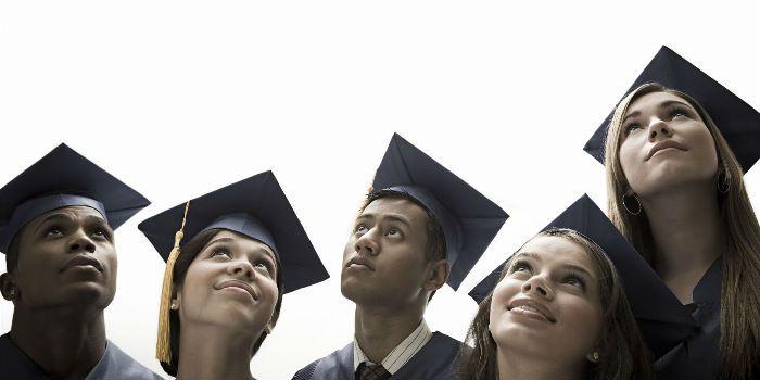 纽约大学:免除所有医学生学费,目前每年学费约为5.5万美元