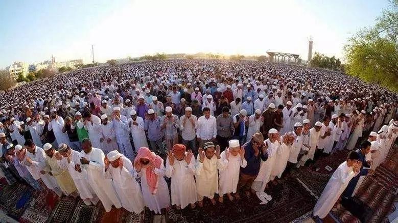 在阿联酋清真寺收集捐款将罚5000迪拉姆和3个月监禁