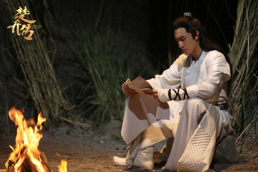 8大古装白衣美男,宇文玥垫底,润玉仅第二,第一是他实至名归图片