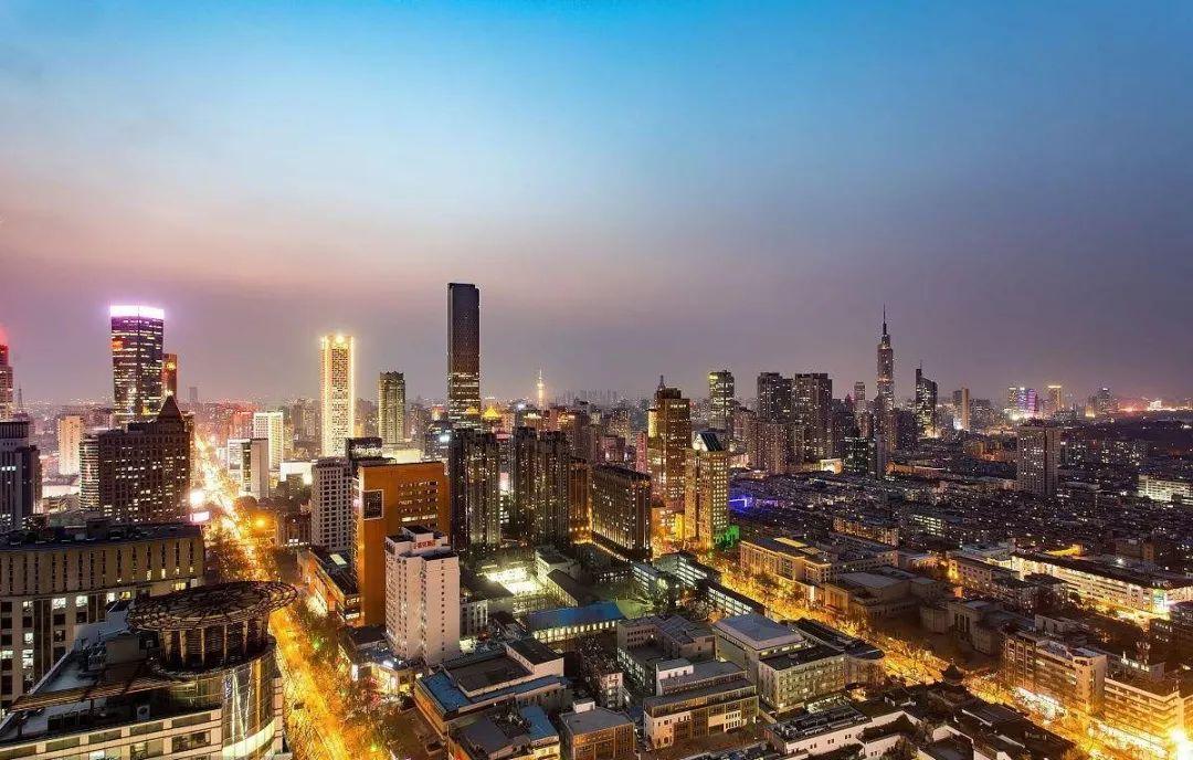 20年经济总量_中国20年经济发展图片