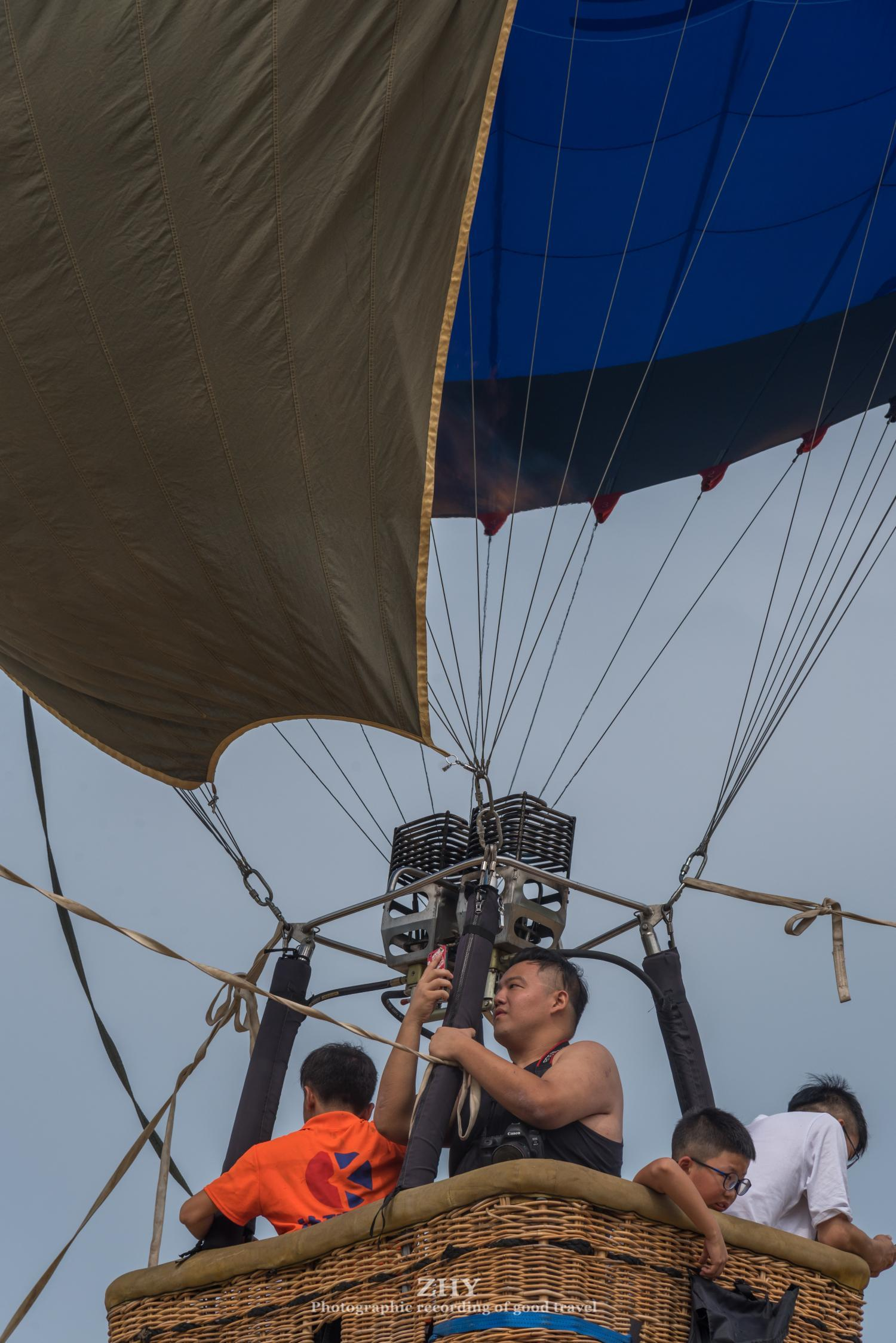 不去土耳其,国内也有热气球,个人亲测:热、稳、刺激