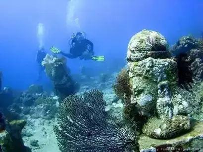 这片海底惊现千年佛都,水中又现婆罗浮屠,惊呆世人