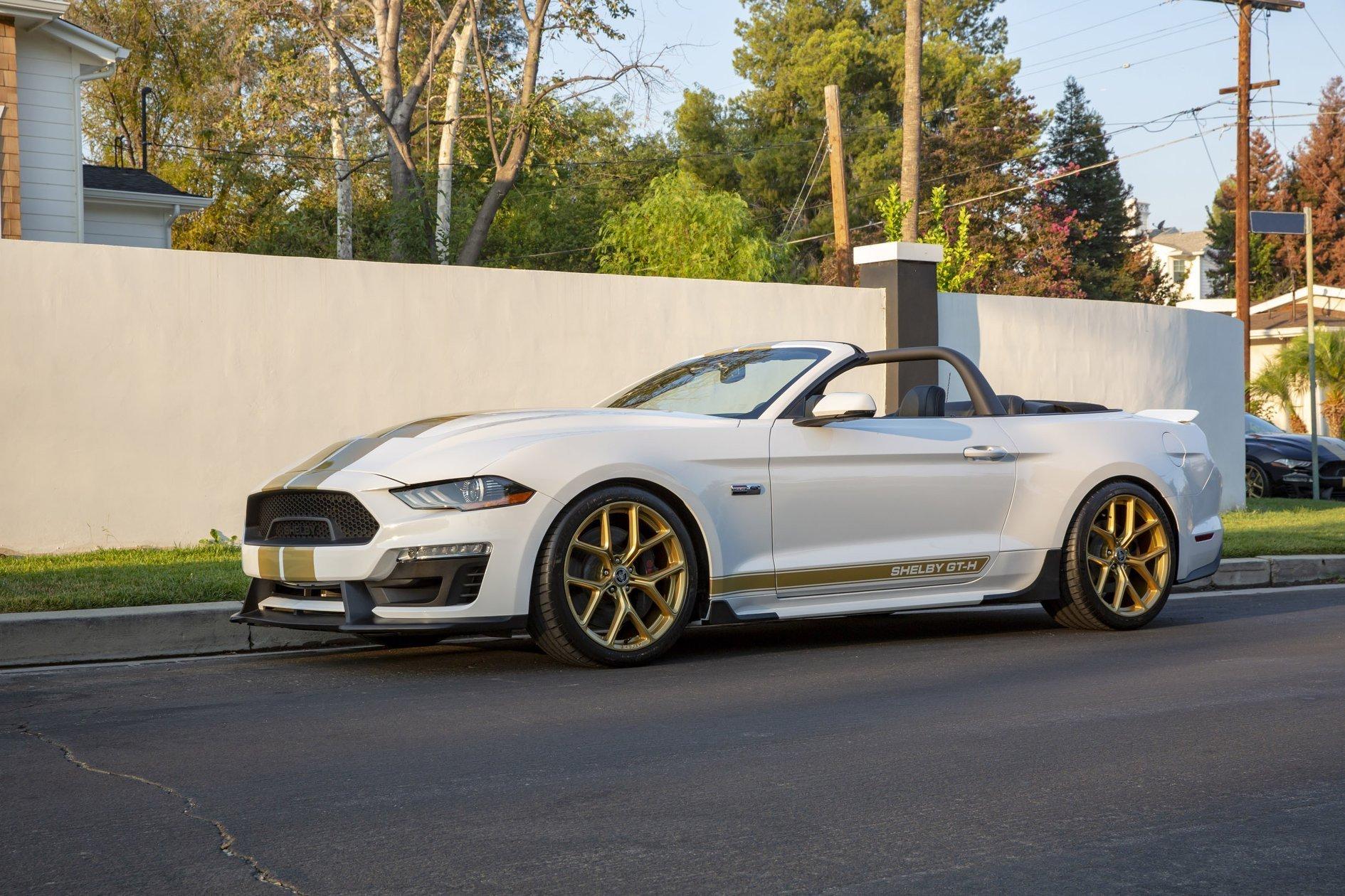 Shelby GT福特野马GT版本新颖黄色涂装
