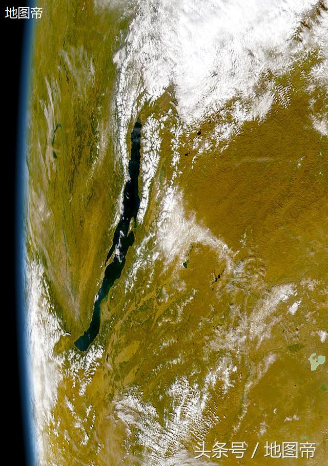贝加尔湖水量能容纳20条长江,可以北水南调吗?