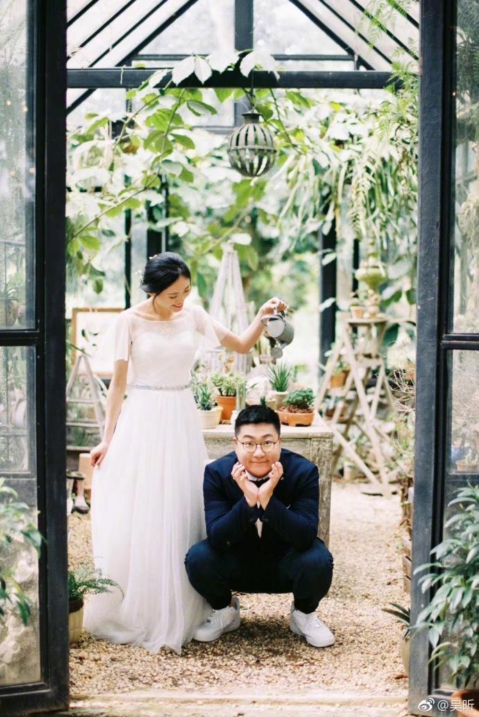 吴昕弟弟大婚,和杜海涛是