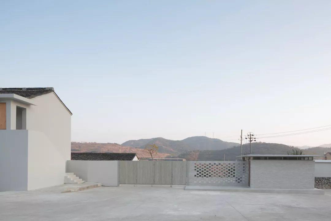 作品 | 由7栋建筑改造而成的精品民宿 — 胡陈粮仓度假酒店