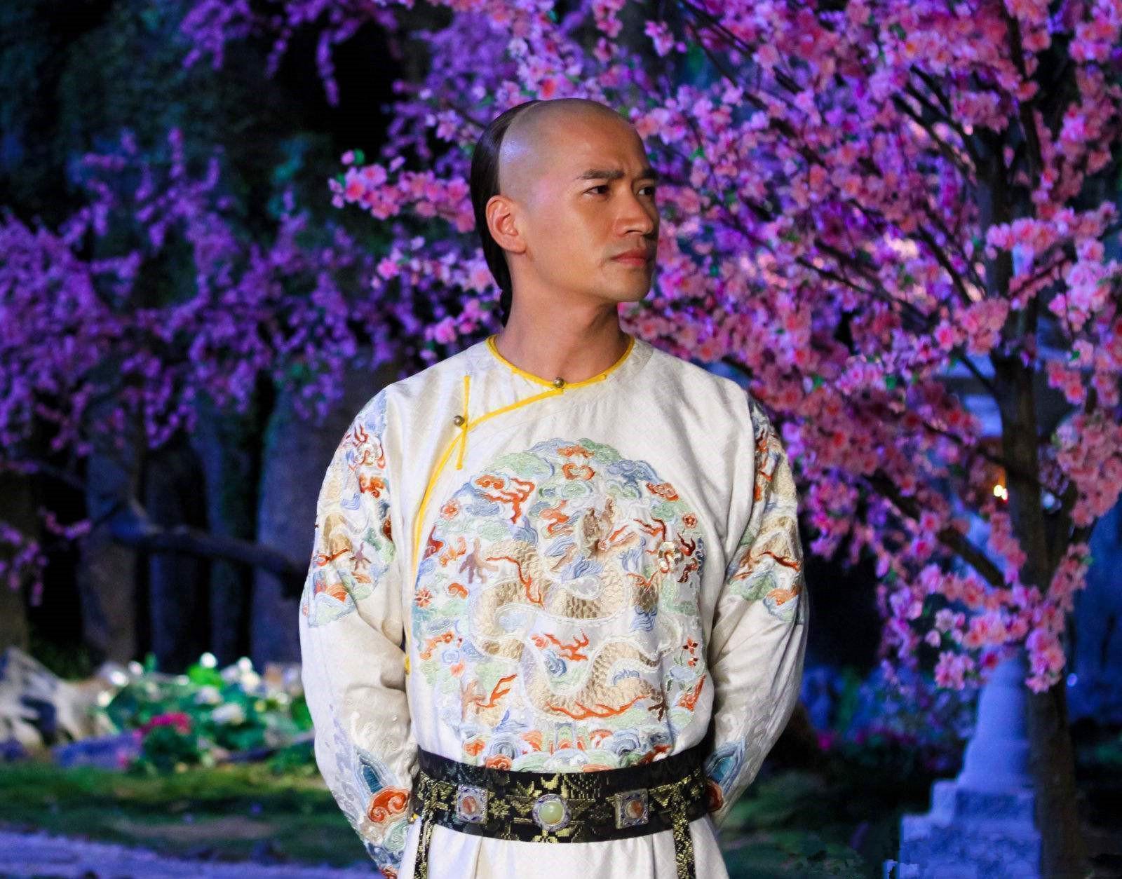 他是雍正大哥,被皇帝软禁了20多年,却逍遥快活,还生了29个孩子