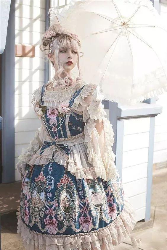 lolita; lovely little girl