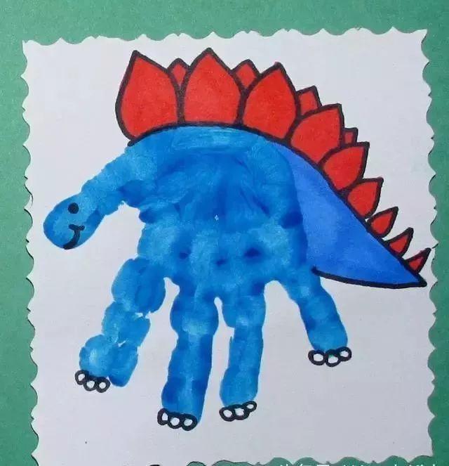 政务 正文  孩子手工制作趣味可爱的恐龙化石,利用超轻黏土制作模型