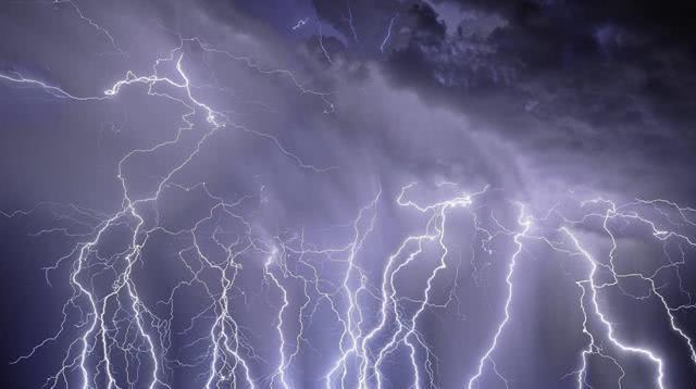 几乎天天都在打雷闪电恍若雷霆地狱 竟藏在南美洲最大湖泊马拉开波湖