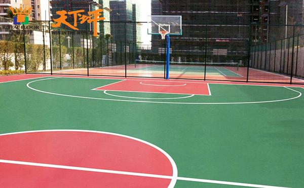 室外的硅PU篮球场