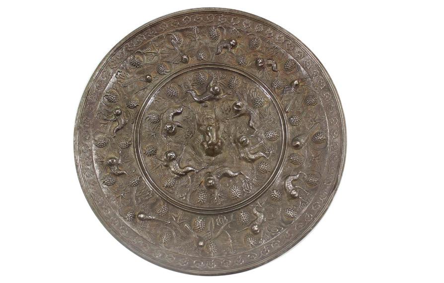 海兽葡萄纹铜镜精品鉴赏和拍卖价格