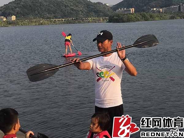 据红网体育进行:在接下来的几天里,本次皮划艇夏令营还了解水上图片大全悠悠球玩具图片图片