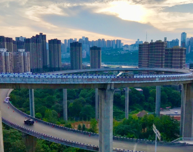 我国最高的立交桥:高达72米,连老司机经过都会胆战心惊!