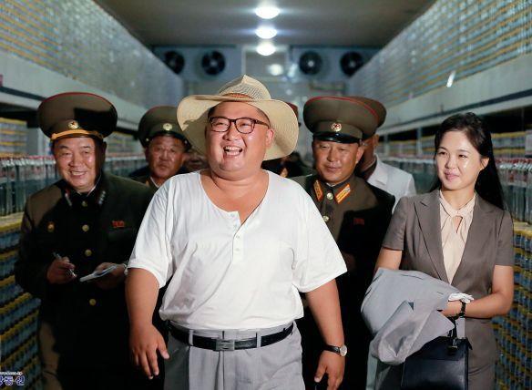触摸朝鲜:民生成为最大的政治