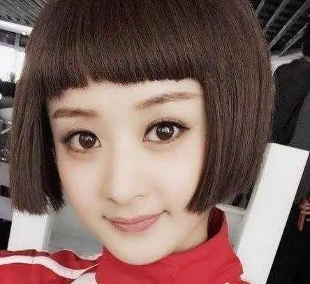 圆脸女生适合什么类型的短发?选对发型秒变赵丽颖!