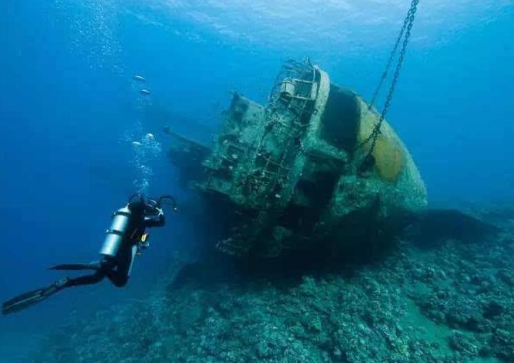 中国从深海捞上10艘沉船, 发现大批中国文物, 英国: 归还给我们