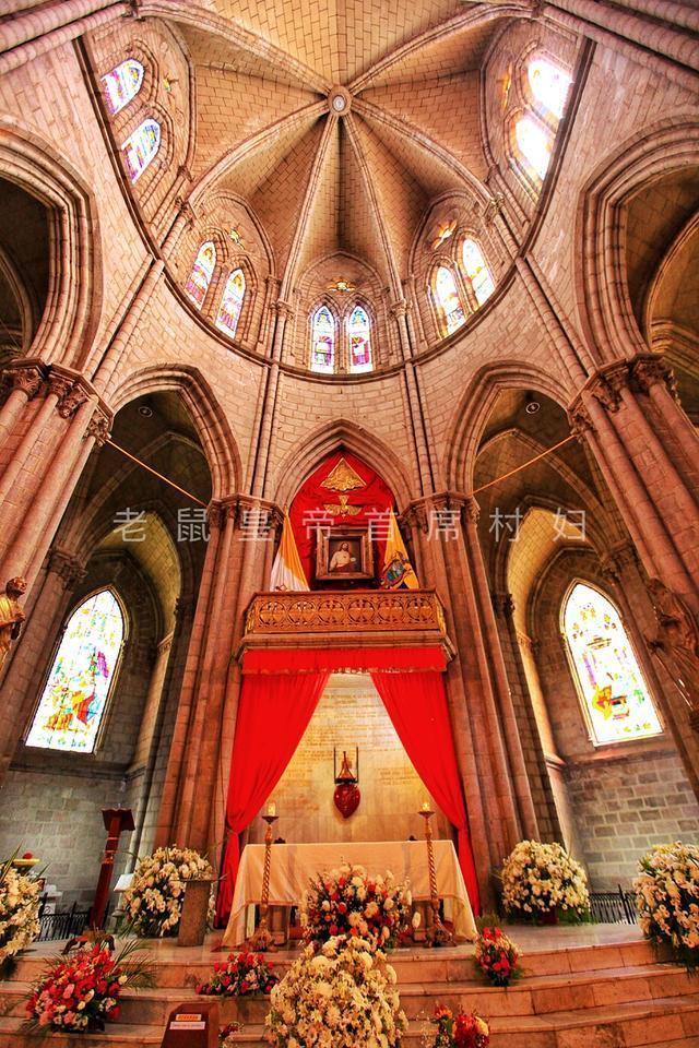 美洲最大的哥特式教堂,号称完工日=世界末日,胆量小千万别登顶