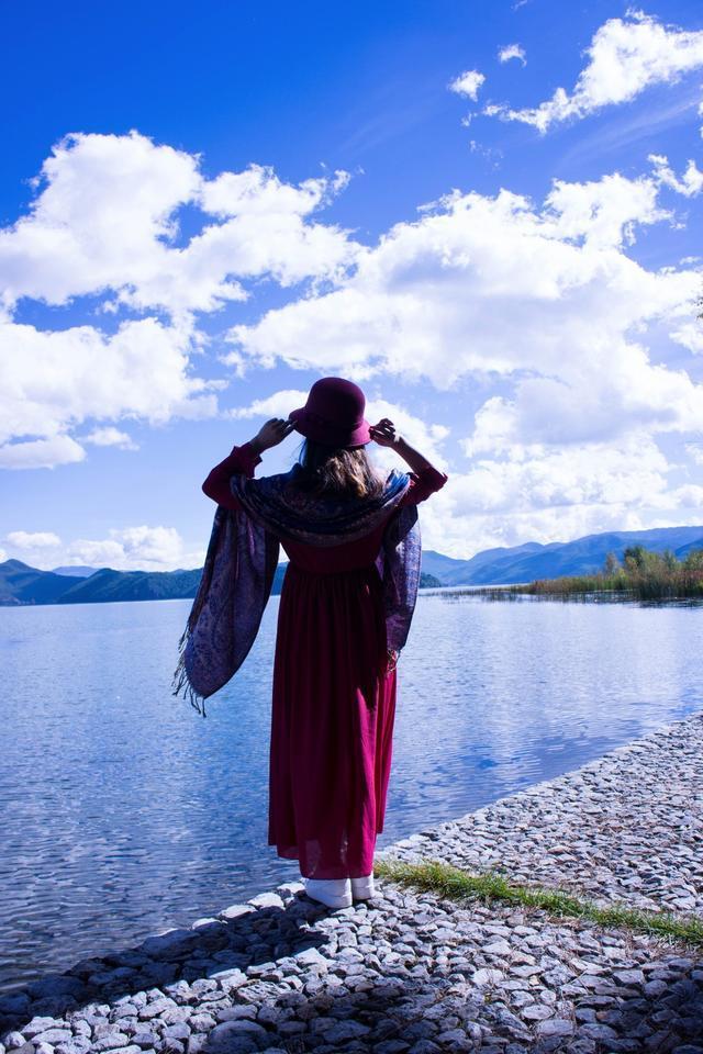 98后小阿姨的泸沽湖旅行,网友:妹子好美,摄影很棒