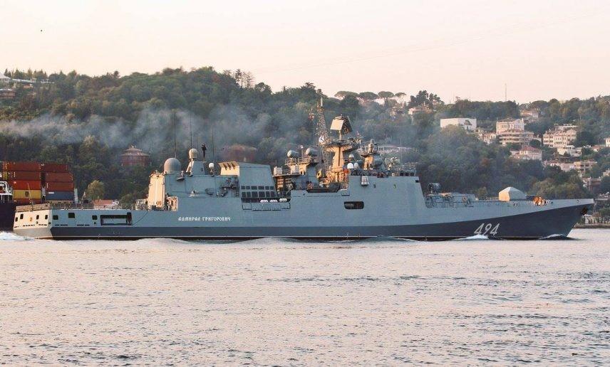 俄紧急动5艘战舰,美80枚导弹等待命令,中国给却世界上了一课