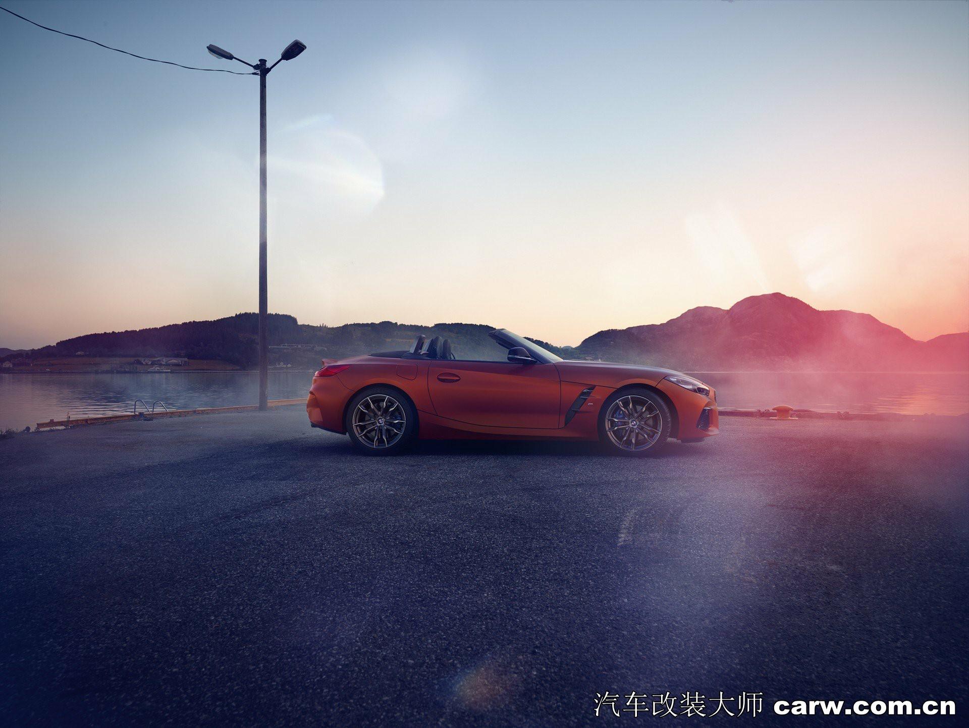 2019年BMW Z4 Roadster亮相越来越大的双肾格栅