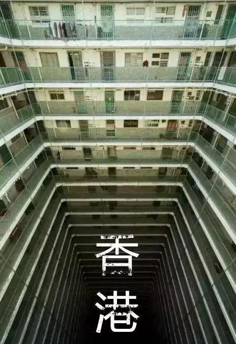 """没见过香港的""""棺材房"""",你都不知道住得多幸福"""