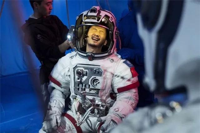 """吴京未来有四部新电影,第二部是科幻片,最后两部都是""""狼"""" 作者: 来源:电影聚焦"""