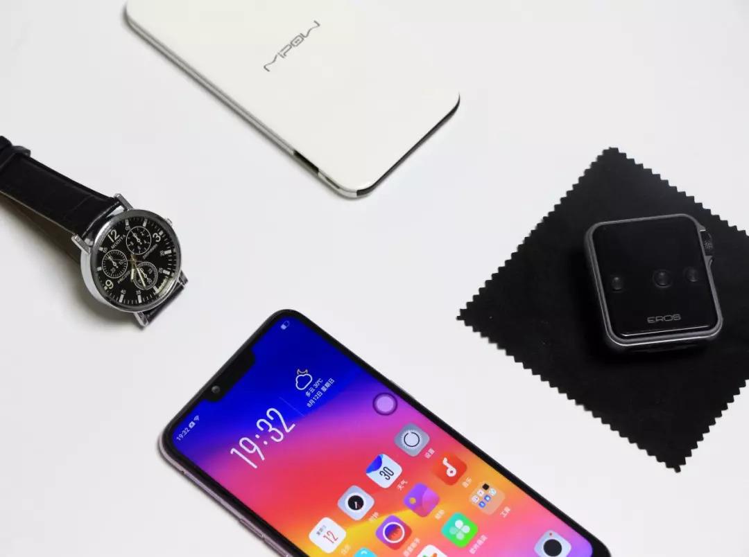 强悍续航的全面屏手机丨OPPO A5体验